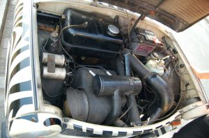 engine_of_trabant_601_s_of_trabi_safari_in_dresden_2
